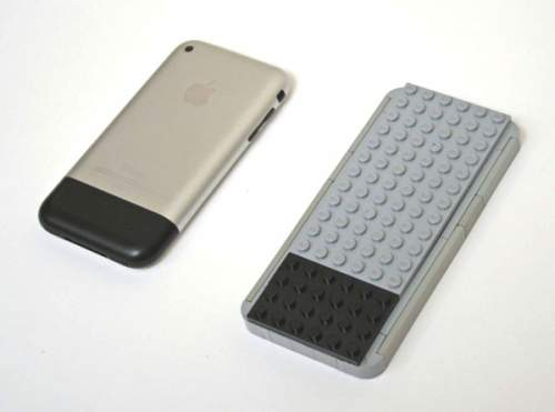 iPhone make from Lego