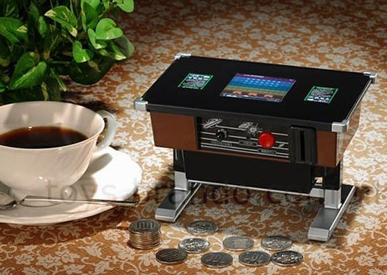 Mini Desktop Space Invaders Coin Game