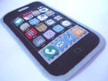 BRAND NEW 3Gs IPhone felt case