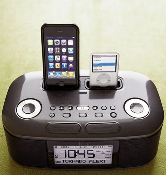 Dual iPod Docking Clock