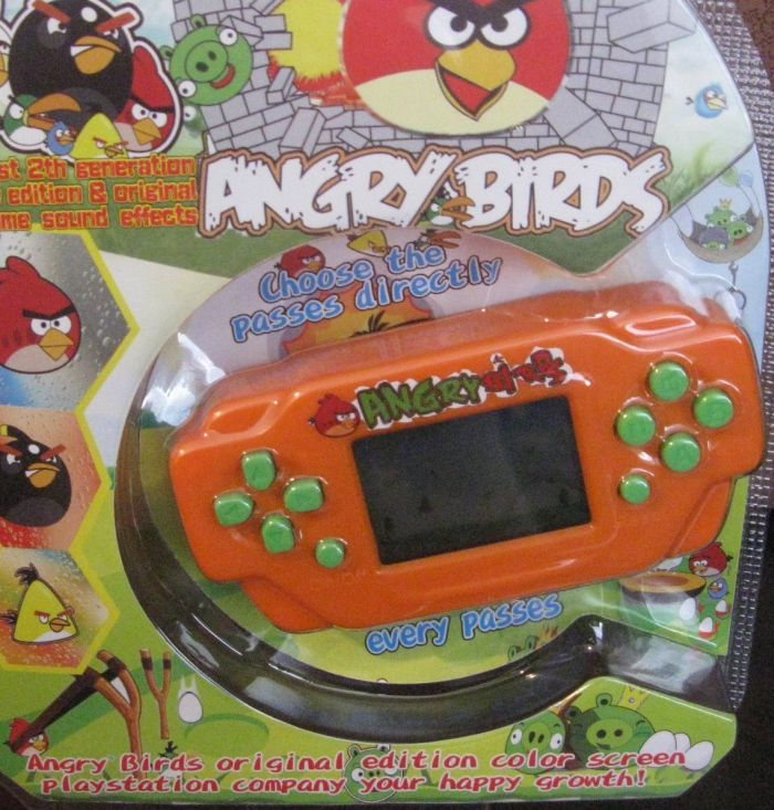 ANGRY BIRDS - Electronic Handheld Game