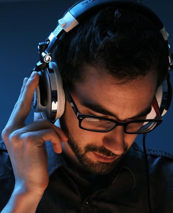 Mogulz DJ Headphones