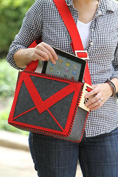 DIY Mail Purse
