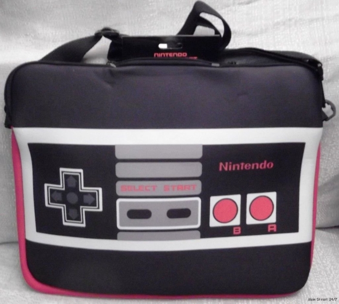 NINTENDO Game Controller Fleece Lined Black Computer/Messenger BAG