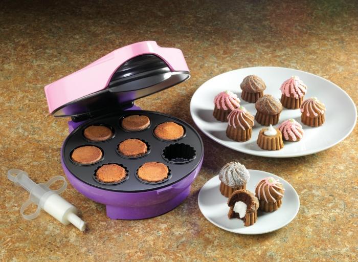 Cream Filled Mini Cupcake Maker