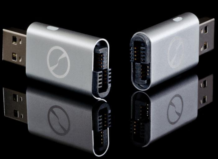 Amazon.com  iTwin Connect - Zero-config Public VPN + Private VPN USB Device (Silver) - PT02