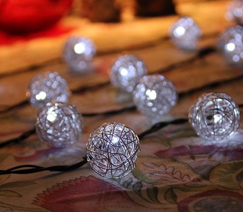 ED Solar Powered White Aluminum Lantern ball LED String Light christmas Lights
