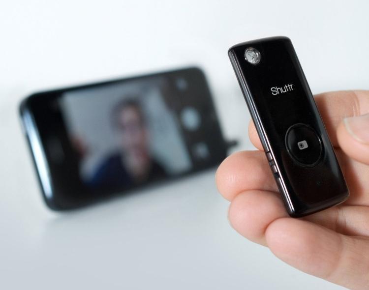 Wireless Remote Camera Shutter Release for Smartphone