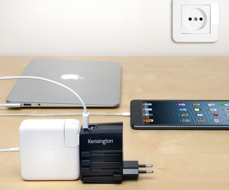 Travel Plug Adapter with Dual USB Ports