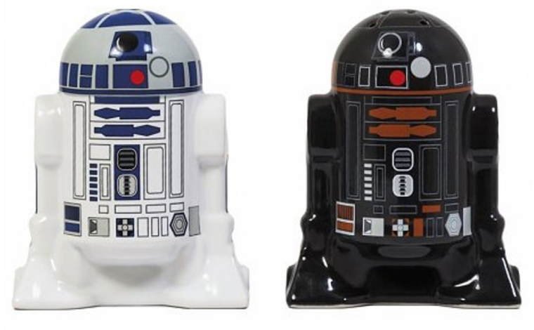 Star Wars R2D2 R2Q5 Salt and Pepper Shakers
