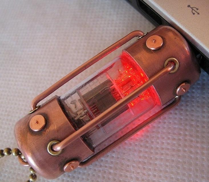 Handmade 32GB RED ARC Pentode Radio Tube USB Flash Drive