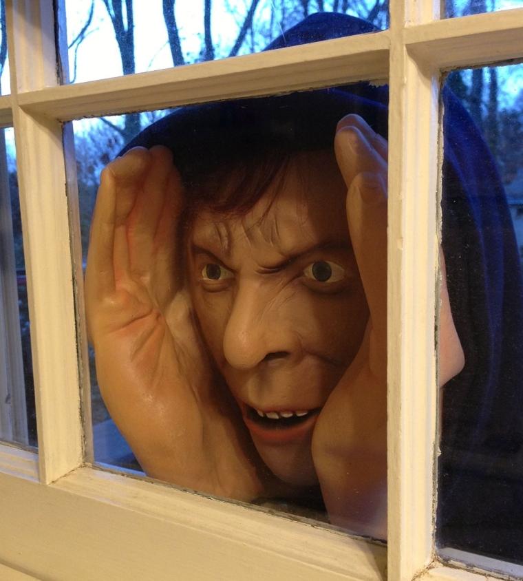 Scary Peeper Deluxe-Vinyl Halloween Prank Novelty Prop Mask Peeping Tom