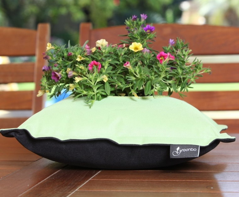 Fiorina Flower Planter Pillow
