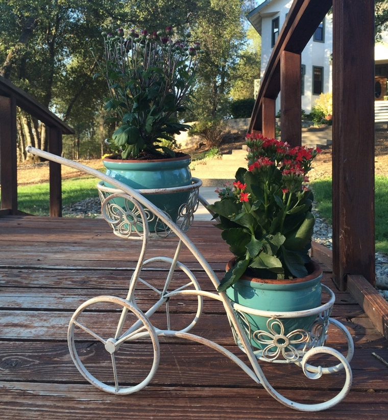 Handled Shaped Double Basket Planter Holder