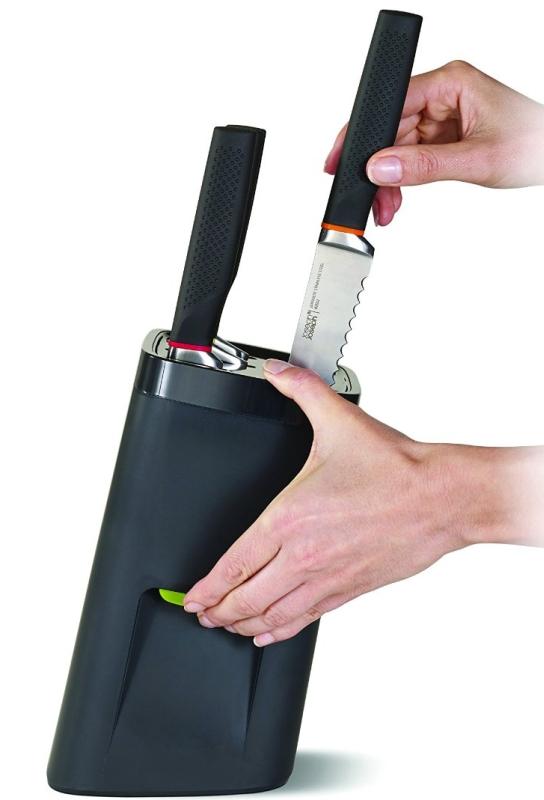 oseph Joseph 6-Piece Knife Set with Self Locking Knife Block, Black