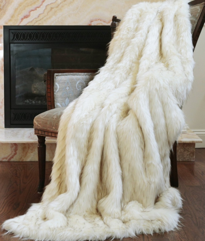 Fashion Iced Fox Faux Fur Throw Blanket