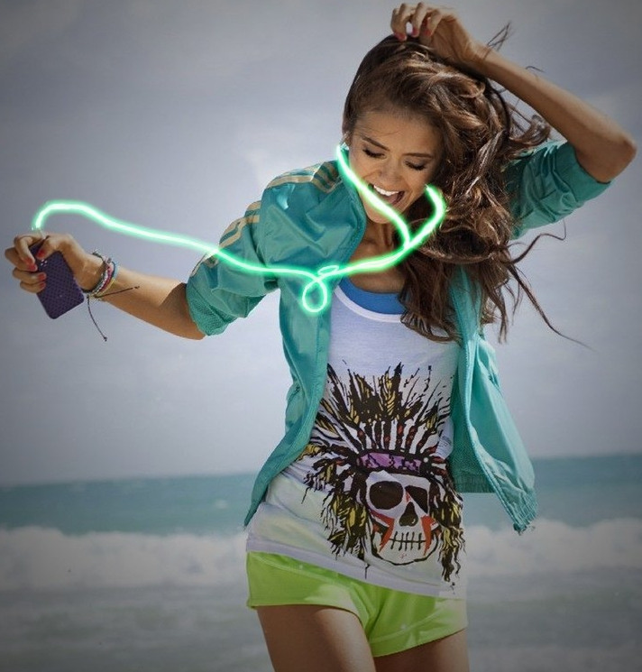 In-Ear Sound Reactive Illuminated Light Up Headphones