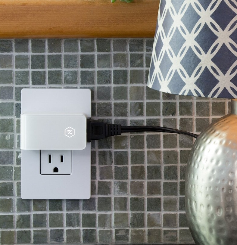 Zuli Smartplug Smart Home Control, Dimmer, Energy Monitor & Timer