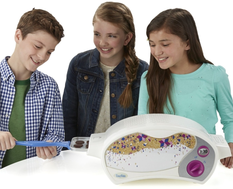 Easy-Bake Ultimate Oven Baking Star Edition