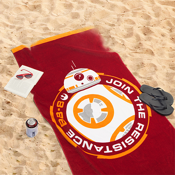 irvh_sw_bb-8_beach_towel_inuse