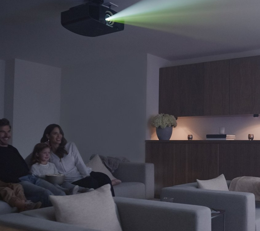Sony VPLVW365ES 4K 3D SXRD Home Theater Projector