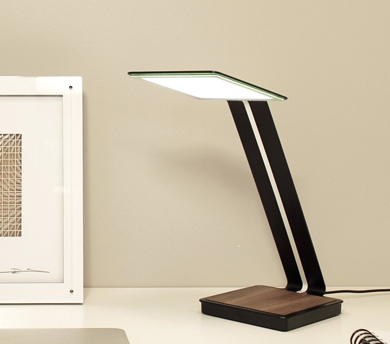 Glare-Free OLED DeskTable Lamp with Wireless Charging