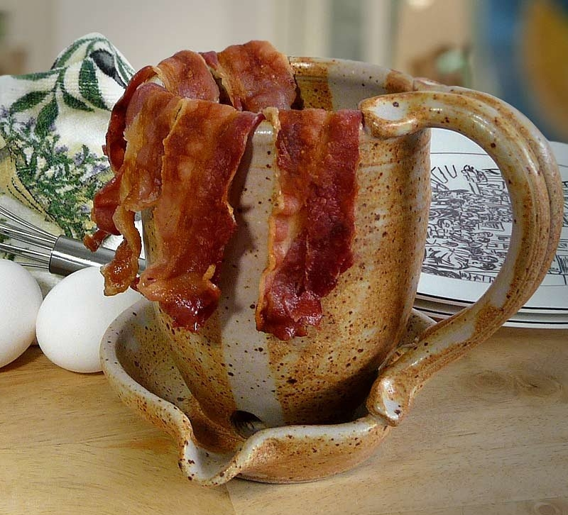 Stoneware Microwave Bacon Cooker Mug