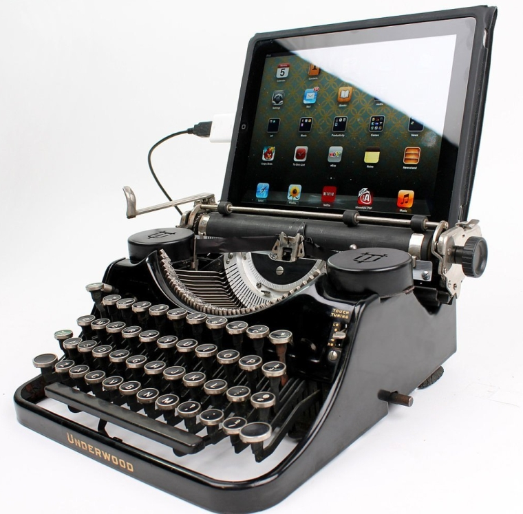 USB Typewriter® Computer Keyboard  iPad Dock