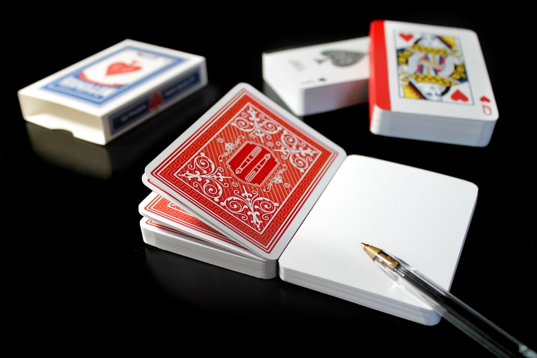 playingcard-notebook-black-all-pen
