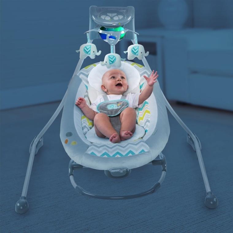 Slimfold Frame Design Swing with 3 Plush Toys