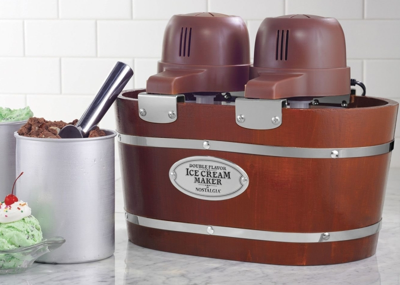 Vintage Collection 4-Quart Double Flavor Electric Ice Cream Maker
