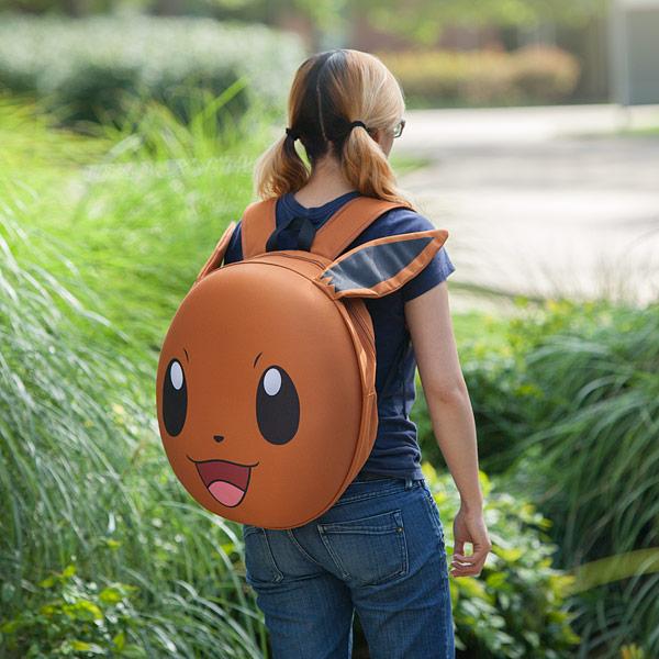 jlpu_pokemon_eevee_3d_molded_backpack_inuse