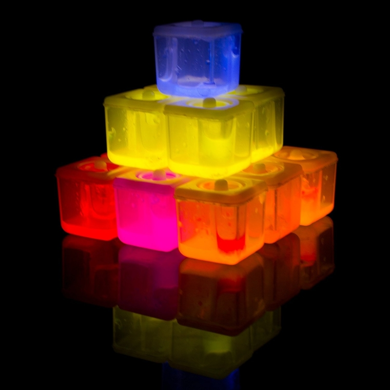 glow-in-the-darking-ice-cubes