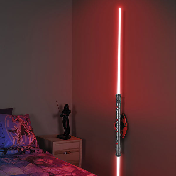 jkjt_darth_maul_double_bladed_lightsaber_room_light