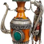 amber-dust-ritual-kettle-with-dragon-handle