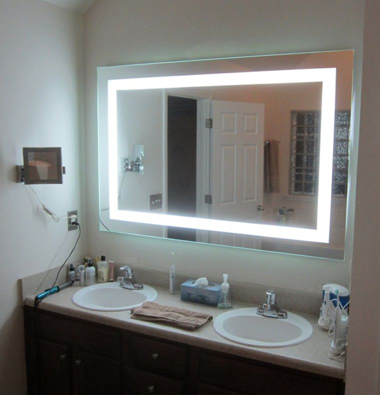 lighted-vanity-mirror-led