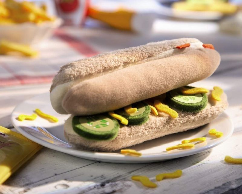 biofino-hot-dog-with-bun-and-toppings
