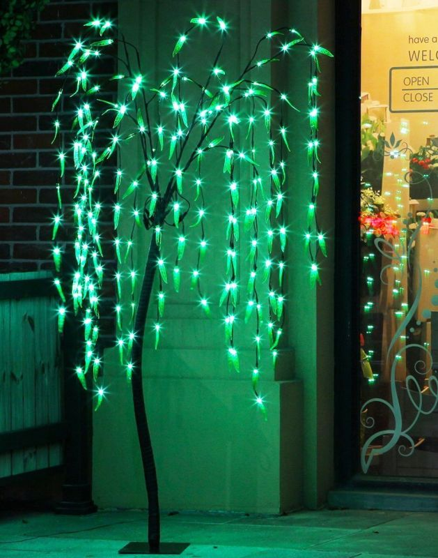 fashionlite-5-5-feet-200-led-willow-light-xmas-tree