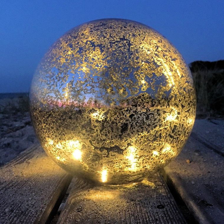 silver-lacquered-mirror-glass-globe