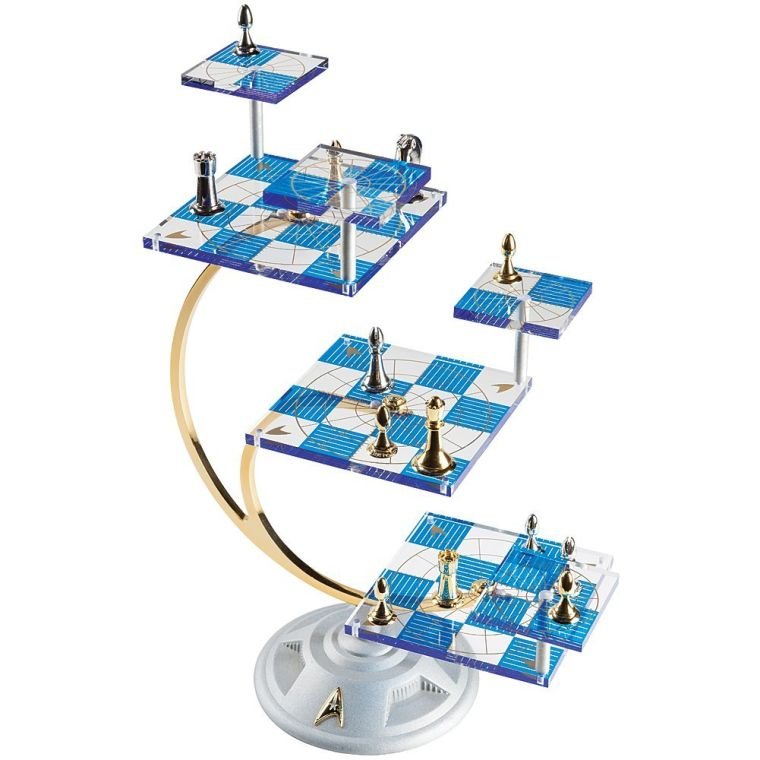 star-trek-tri-dimensional-chess-set-50th-anniversary-edition-board-game