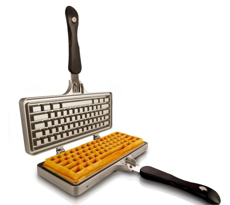 the-keyboard-waffle-iron