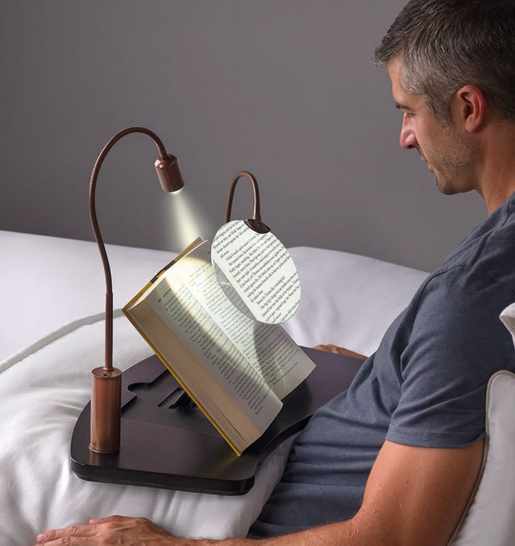 the-lap-desk-with-magnifier-and-light