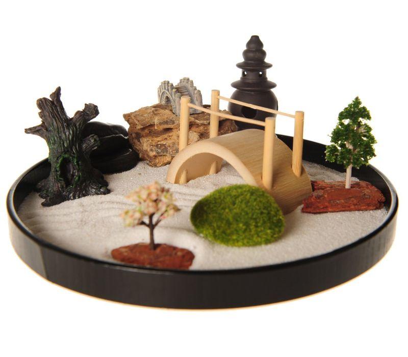 Zen garden with boat bridge japanese for Zen garden bridge