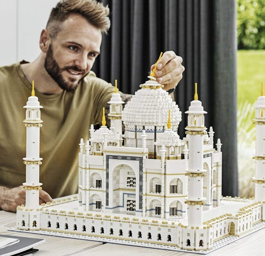 lego creator expert taj mahal building kit 7 gadgets. Black Bedroom Furniture Sets. Home Design Ideas