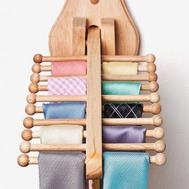 Natural Wooden Tie Rack