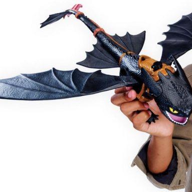 Dragons Defenders of Berk – Giant Fire Breathing Toothless