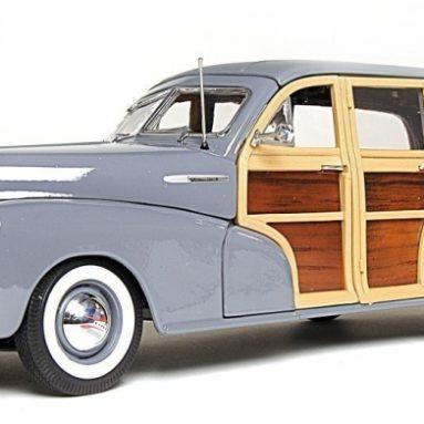 Premiere Edition 1:18 1948 Chevrolet Fleetmaster Woody