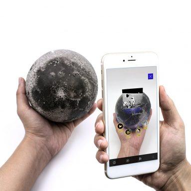 AstroReality LUNAR Pro | Smart Moon Globe