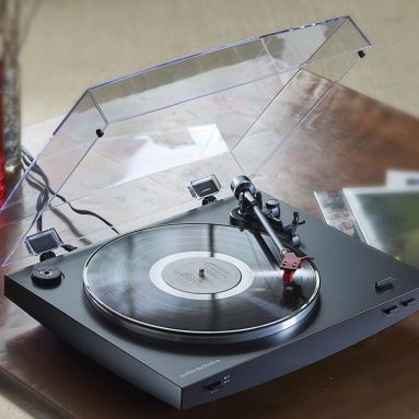 Audio-Technica Fully Automatic Belt-Drive Stereo Turntable