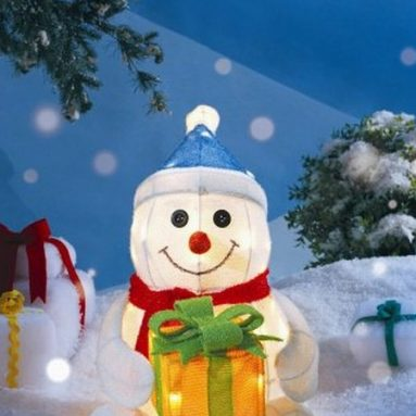 7 Outdoor Christmas Decorations